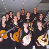 Mandoline-ensemble The Strings, bij de premiere van l'Artibonite in Bamberg in 2006